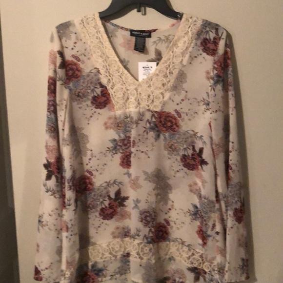 Floral long sleeve top, crochet detail